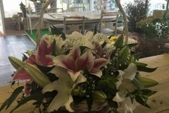 flowers in basket_shop